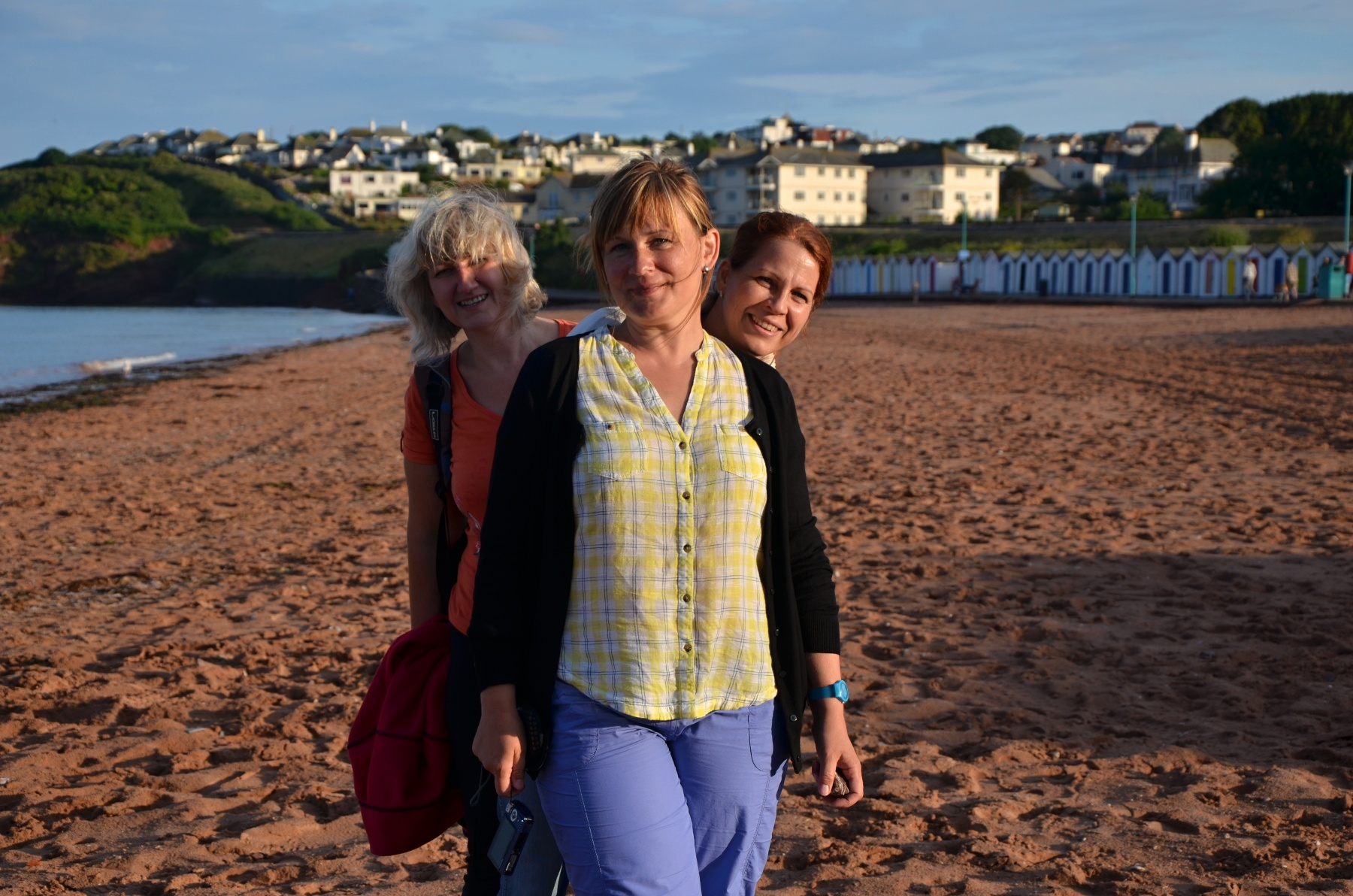 Jitka, Stáňa a Katka objevují krásy devonských pláží